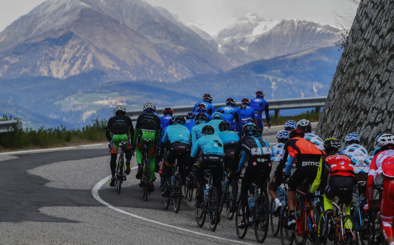 [:it]Il Tour of the Alps cala gli assi: nove World Teams per il 2018[:en]Aces high: Tour of the Alps with 9 World Teams in exciting 2018 edition[:de]Die Tour of the Alps lässt die Hüllen fallen: Neun World Teams bei der Ausgabe 2018 am Start[:]