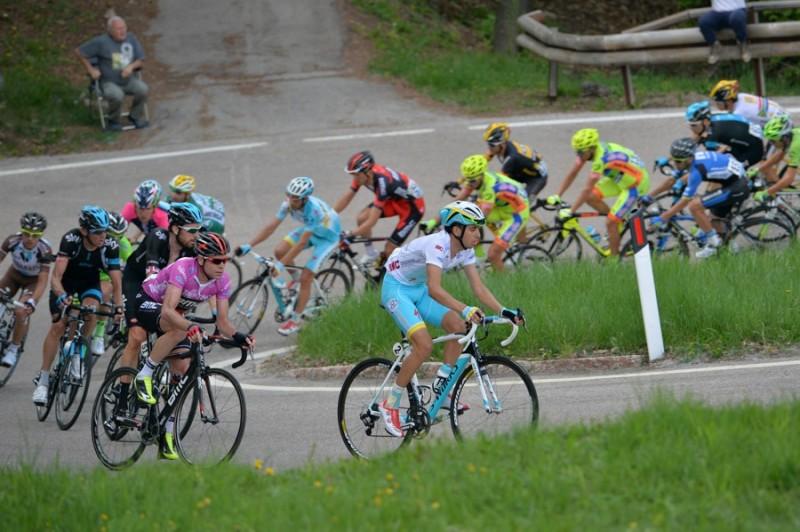 giro-del-trentino-stage-4-val-daone--monte-bondone-trento-1750-km_14008720805_o