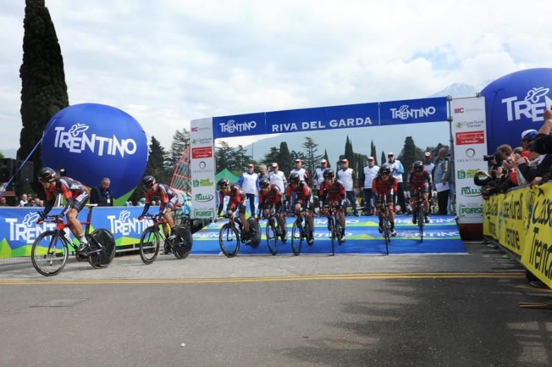 BMC TEAM 1°tappa Crono squadre Riva del Garda-Arco