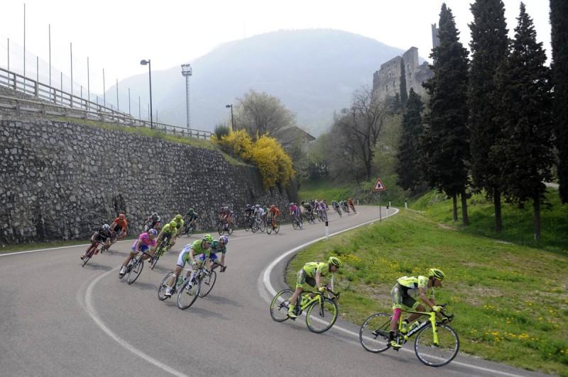 37° GIRO DEL TRENTINO 4 TAPPA ARCO SEGA DI ALA 19-04-2012  GIRO DEL TRENTINO  PANORAMICHE © FOTO DANIELE MOSNA