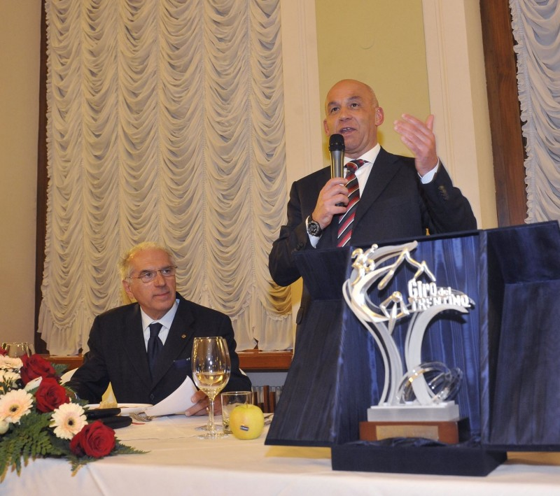 36° giro Del Trentino premio in onorore adi Guido Amistadi iedatore del Giro del Trentino premiato dal Gruppo sportido Alto Garda 16-04-2012  foto Daniele Mosna