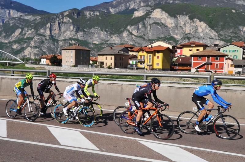 Giro del Trentino Melinda 2016 , 2° tappa Arco - Anras  passaggio a Mezzolombardo