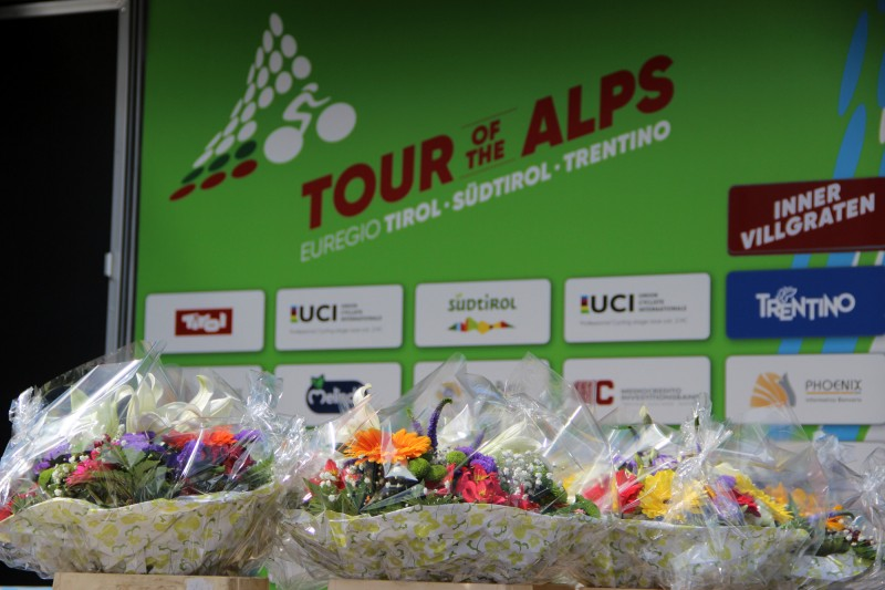 Tour of the Alps 2017: waiting for stage 2 finish