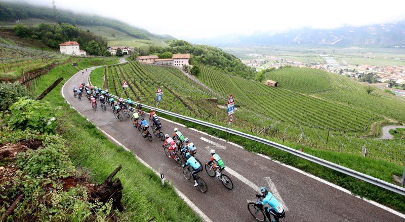 Tour of the Alpes 2019— 3 tappa Salorno-Baselga di Pinè km 106,3, Baselga di Pinè, Italia, il gruppo.24/04/2019.  photo:Pentaphoto/Alessandro Trovati.