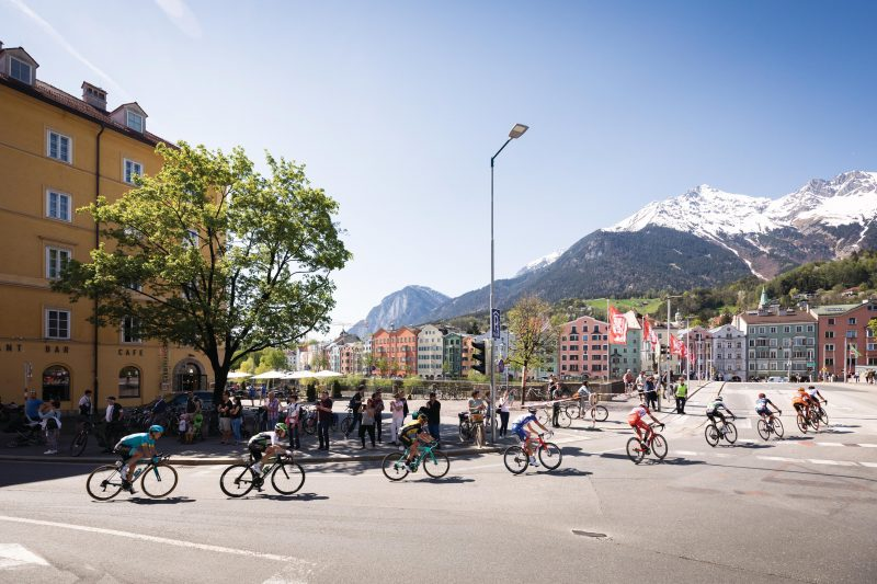 From Brixen/Bressanone to Innsbruck, Tour of the Alps starts upwards