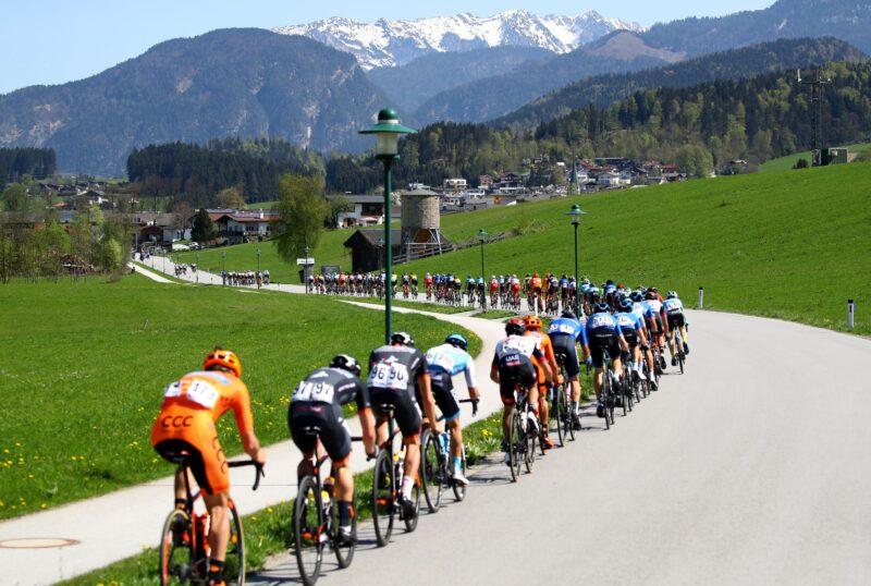 """Froome, Yates und Sivakov starten die Herausforderung: """"Bereit für ein spektakuläres Rennen"""""""