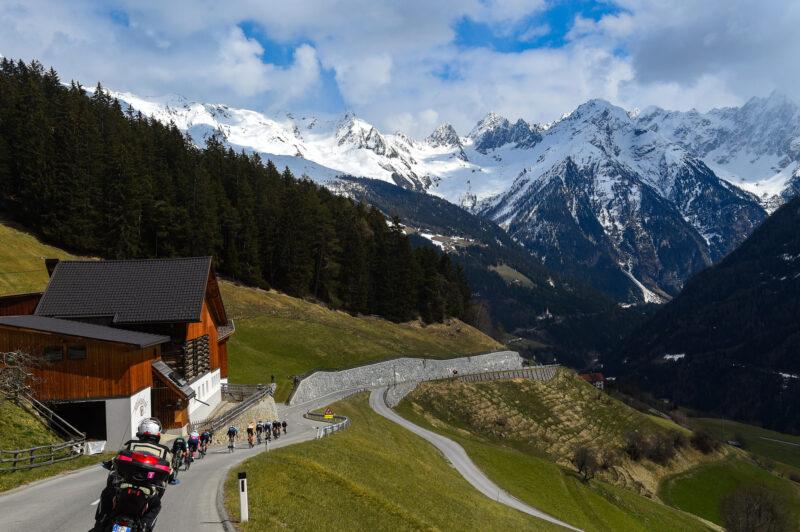 Team Uno-X Cycling zieht sich von der Tour of he Alps zurück