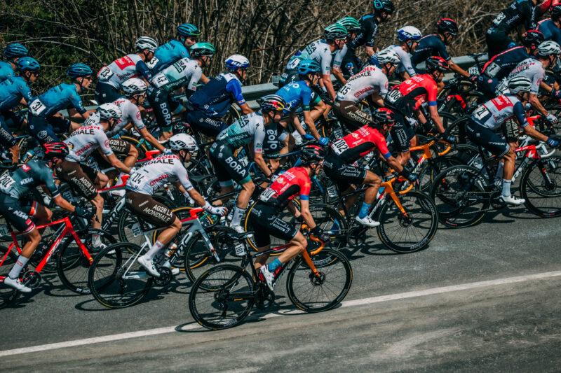 Thursday April 22 202145thTour of the Alps (2.Pro) Stage 4 Naturns - Pieve di Bono (168.6km) Stage winner BILBAO LÓPEZ DE ARMENTIA Pello (ESP) of BAHRAIN VICTORIOUSPhoto: Francesco Rachello / Tornanti.cc