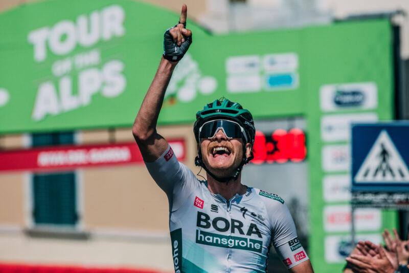 Friday April 23 2021 45thTour of the Alps (2.Pro) Stage 5: Valle del Chiese/Idroland – Riva del Garda (120.9km)  GROßSCHARTNER Felix (AUT) of BORA - HANSGROHE celebrating his stage win  Photo: Francesco Rachello / Tornanti.cc