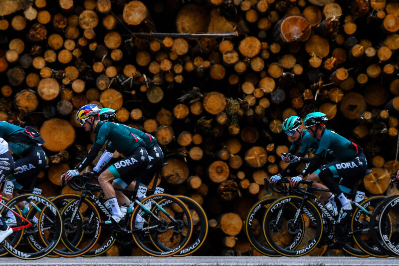 Tour of the Alps 2021 - 45th Edition - 1st stage Bressanone - Innsbruck 140,6 km - 19/04/2021 - Anton Palzer (GER - Bora - Hansgrohe) - Matteo Fabbro (ITA - Bora - Hansgrohe) - photo Dario Belingheri/BettiniPhoto©2021